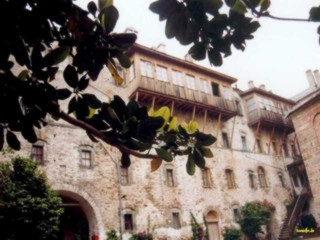 Balkon in den Innenhof
